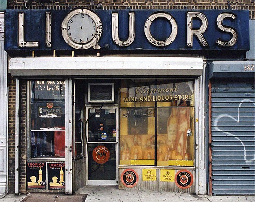 Nueva York. Antiguos antiguos comercios de barrio.