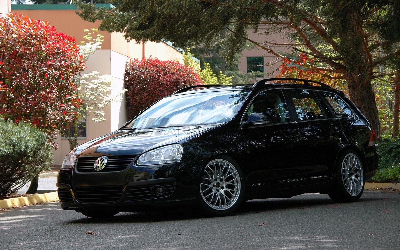Volkswagen MkV Jetta Sport Wagon on 18 inch Hartmann Euromesh4GS