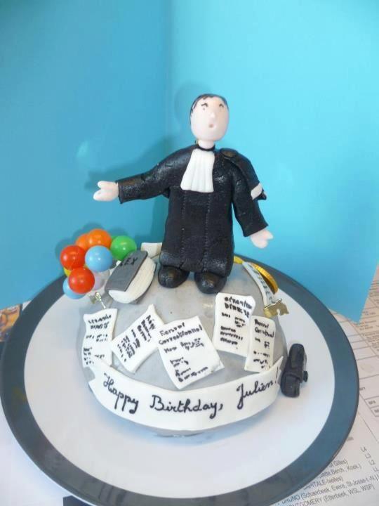 Gâteau-Magistrat fait pour Julien, été 2012.