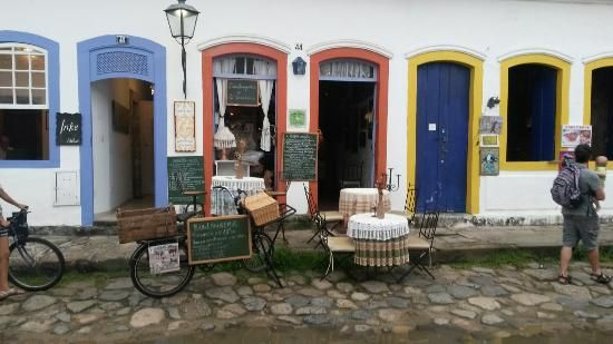 Le Castellet, Rua Dona Geralda 44, Parati, Estado do Rio