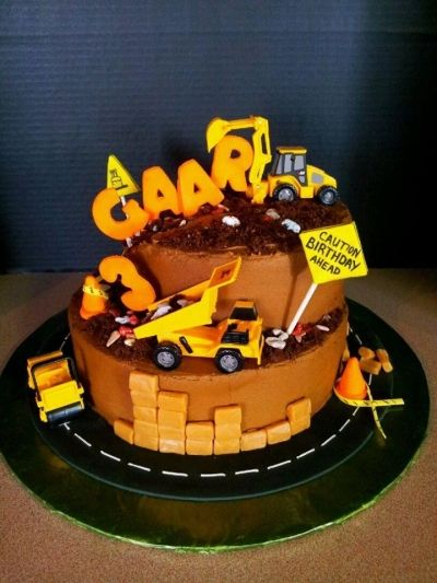 Construction Birthday Cake Boy cakes Pinterest Construction