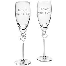 entwined heart toasting flutes <3