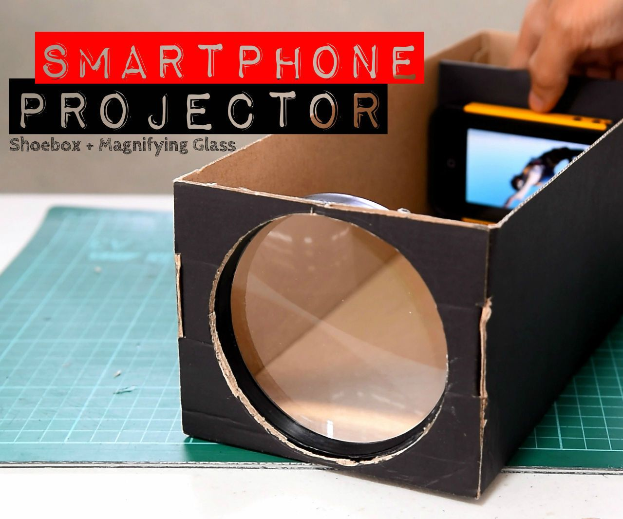 Build A Smartphone Projector With A Shoebox Smartphone Projector Diy Projector Homemade Projector