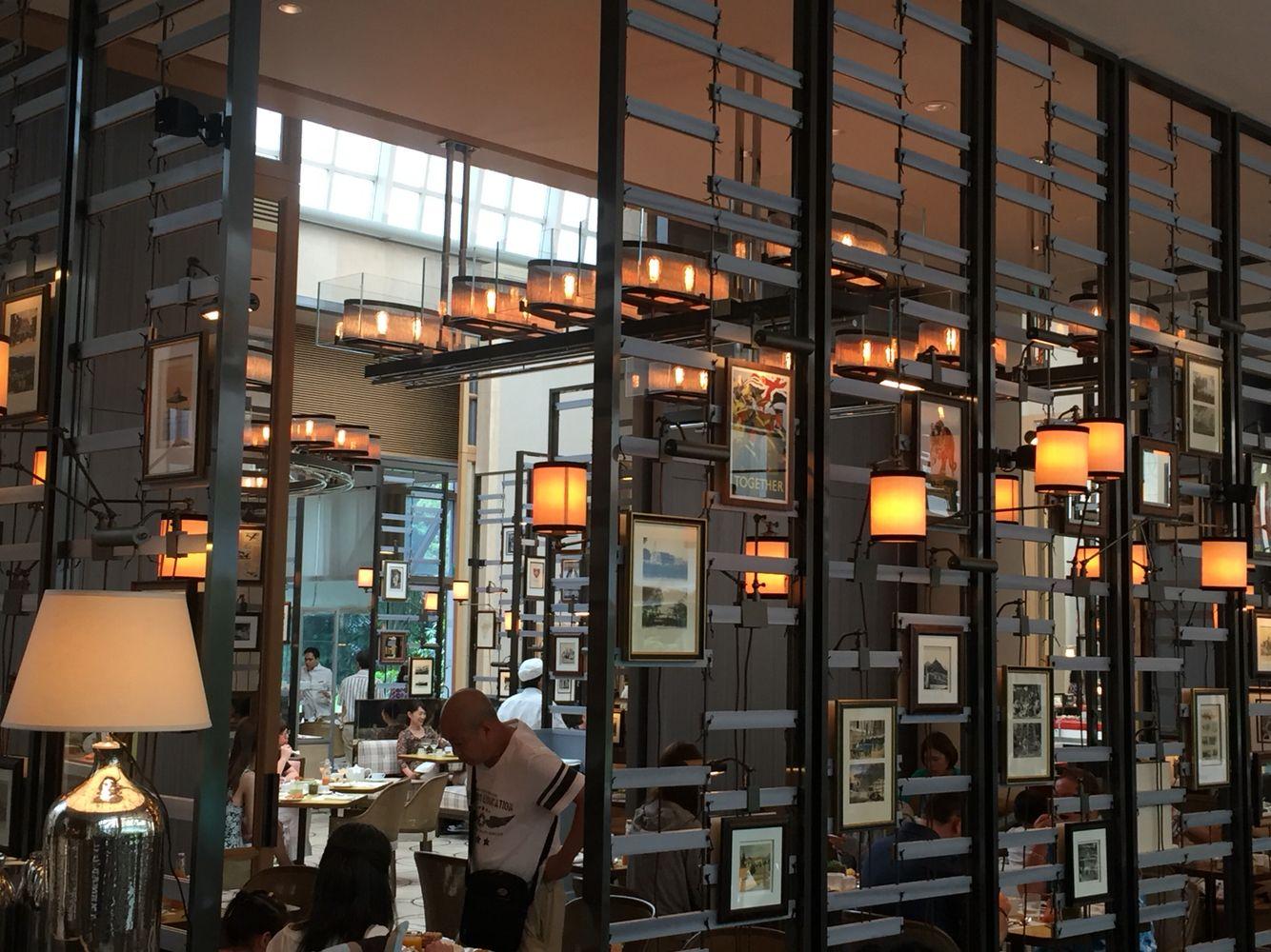 2458 best Restaurant / Bar images on Pinterest   Restaurant design ...