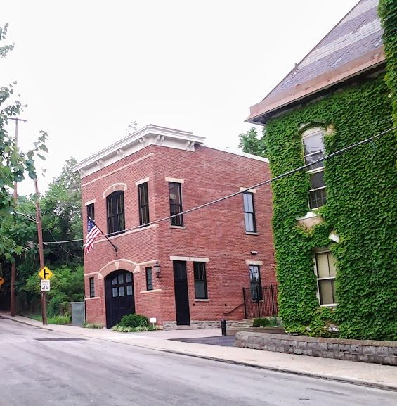 Victorian Carriage House: Brick Carriage House Narrow Lot - Google Search