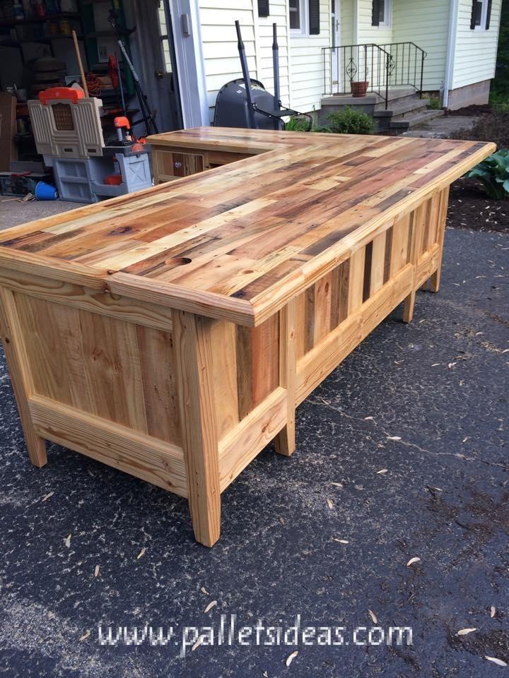 pallets wood made big office table furniture pinterest mobilier de salon bois et palette bois. Black Bedroom Furniture Sets. Home Design Ideas