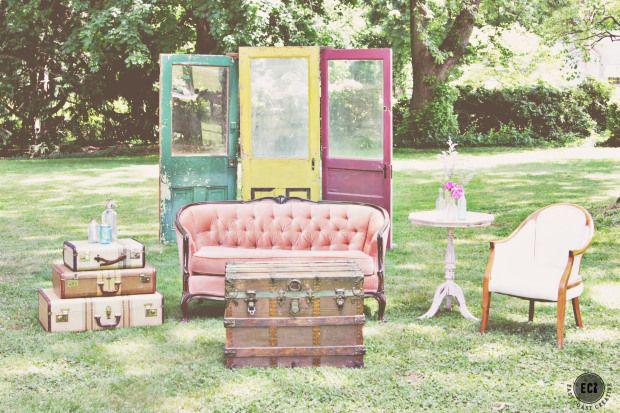 Wedding Furniture Rental – Maggpie Vintage Rentals (EC2 Wedding Week)