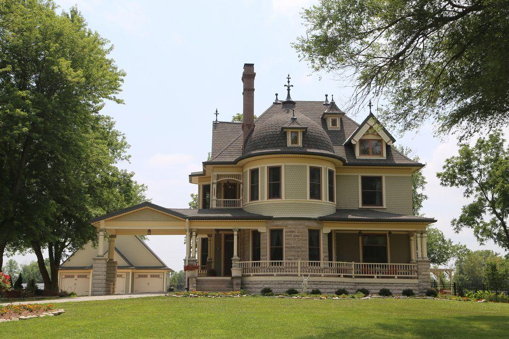 Garden Grove Iowa Haunted House Google Search Garden Grove Victorian Homes House