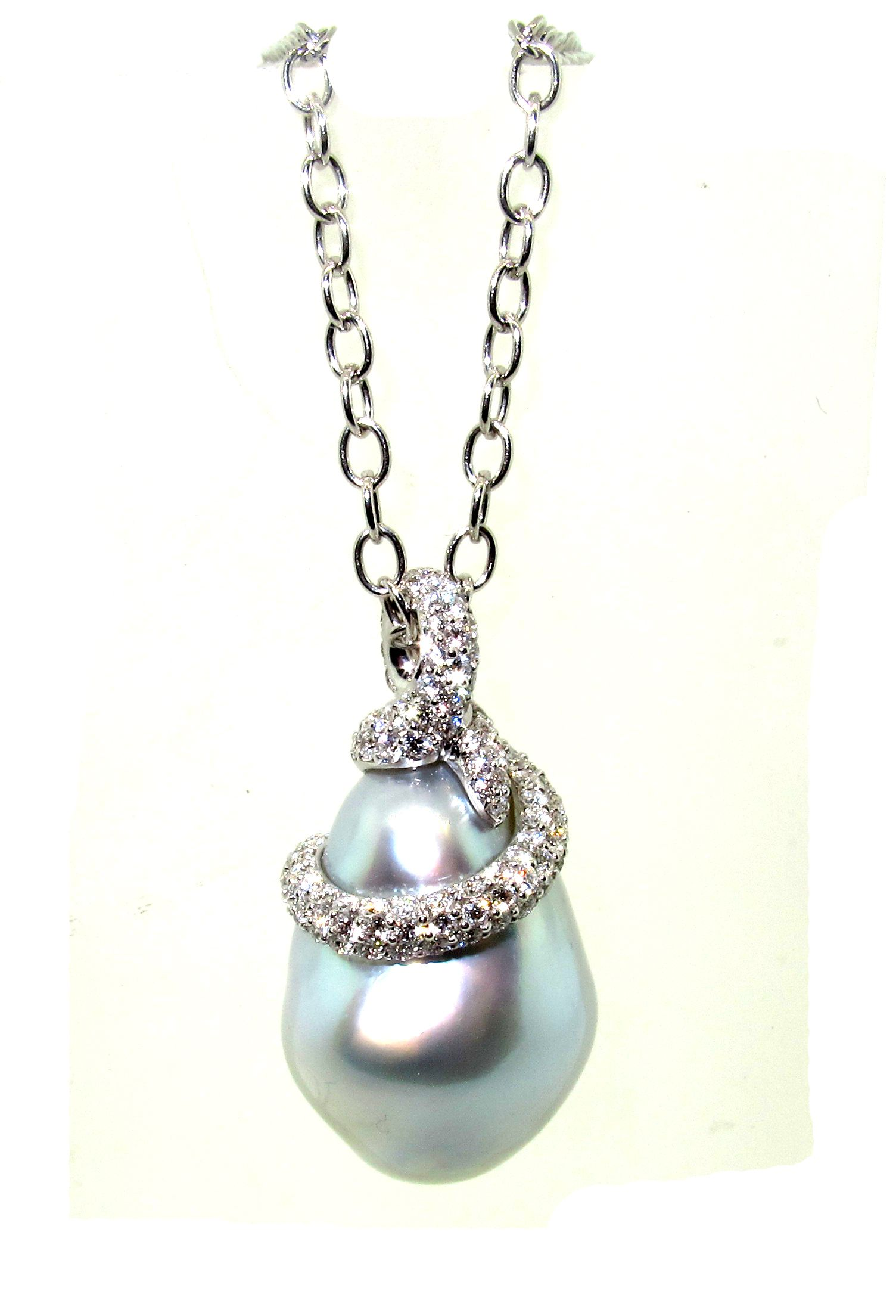 pendant enlarged jewelry necklace grapes the necklaces pearl products mikimoto