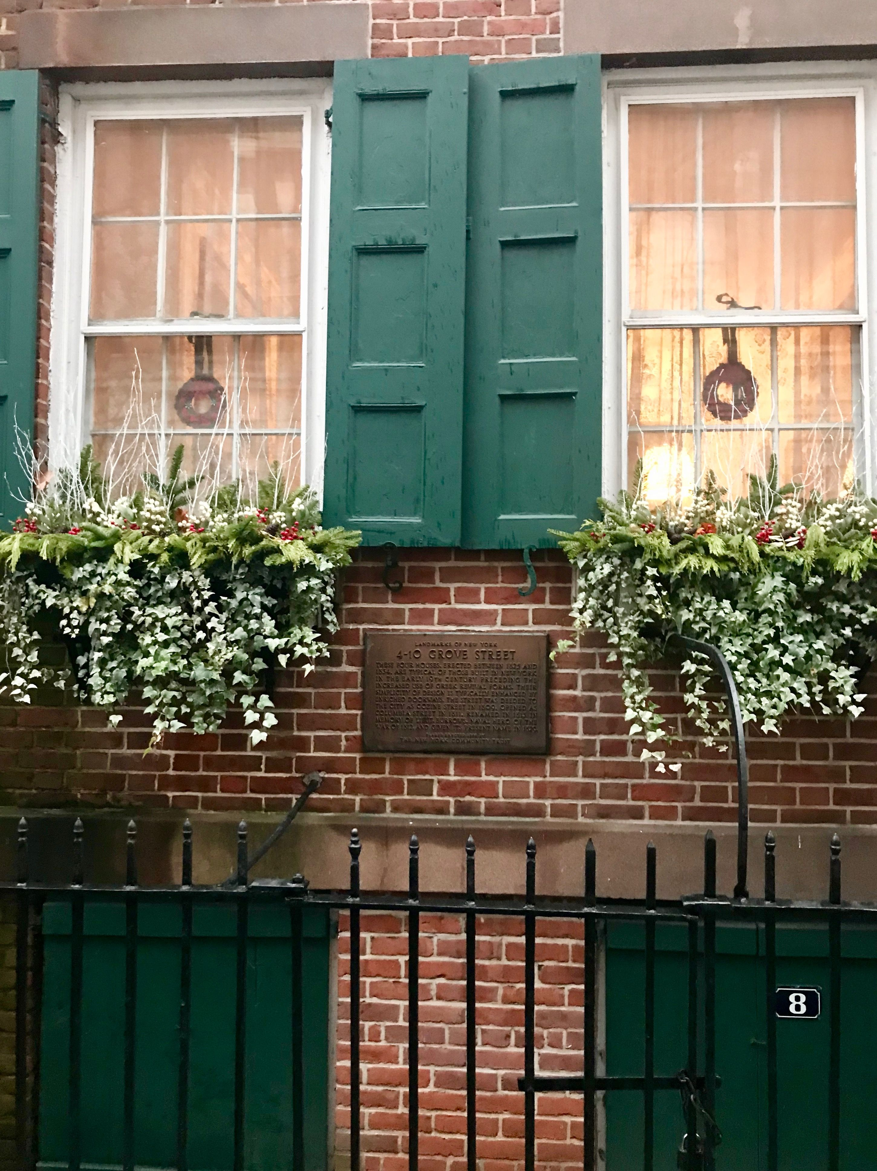 Window box ideas without flowers  pin by maureen armstrong on townhouse flower box  pinterest