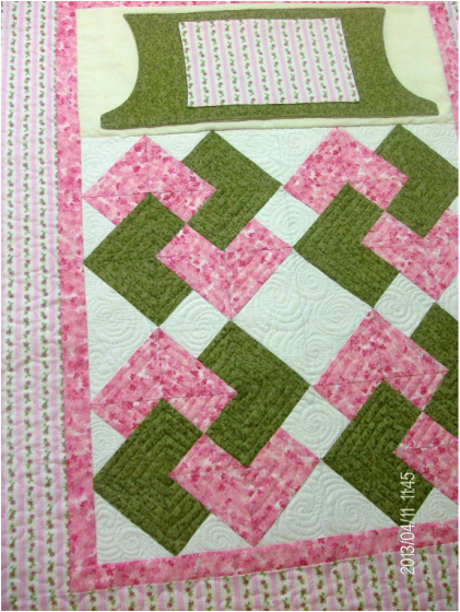 Sweet Lovie Lap Quilt With Rose Buds For Sale By Homesewnbycarolyn Quilts Lap Quilts Missouri Quilt