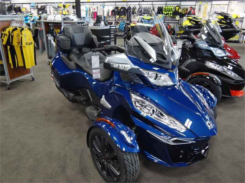 2016 Can-Am 2016 CAN-AM SPYDER RTS SE6 ORBITAL BLUE | Can-Am