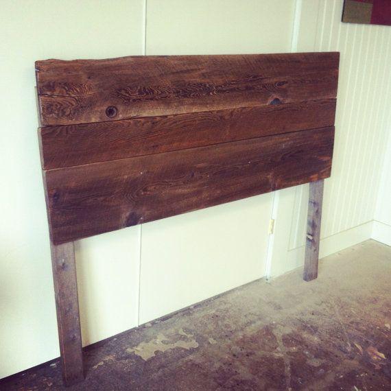 ajouter ce charme rustique avec une t te de lit en bois vieux de bard chaque t te de lit est. Black Bedroom Furniture Sets. Home Design Ideas