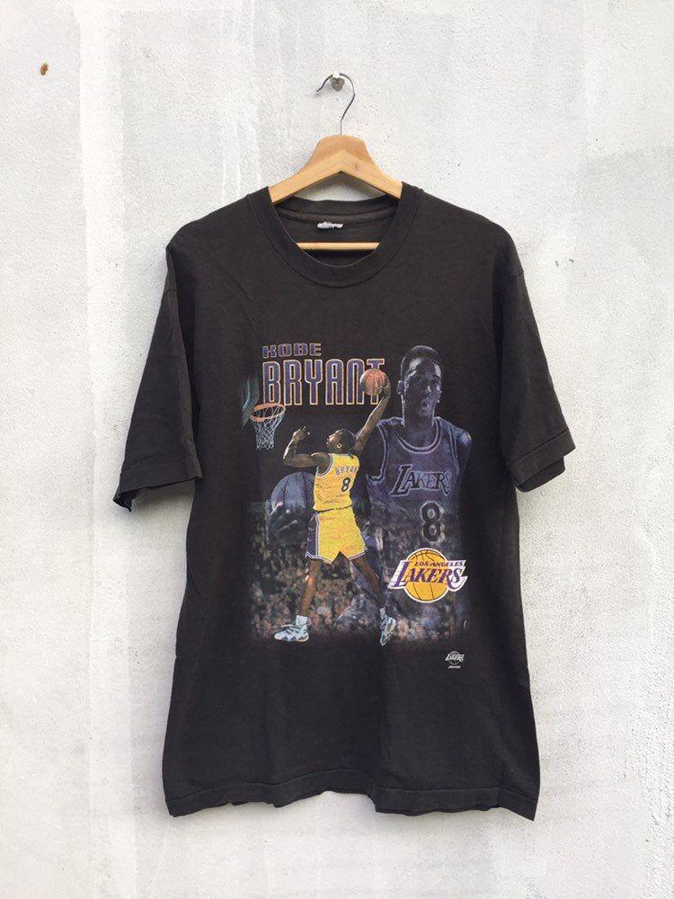 Vintage 90s Kobe Bryant T Shirt Vintage Los Angeles Lakes Etsy In 2020 Vintage Tees Nba T Shirts Lakers T Shirt