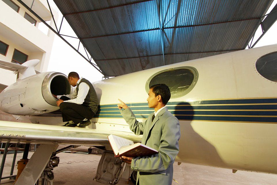 Aircraft Maintenance Engineering Colleges Grooming Future Engineers Aircraft Maintenance Aircraft Maintenance Engineer Aviation Technology