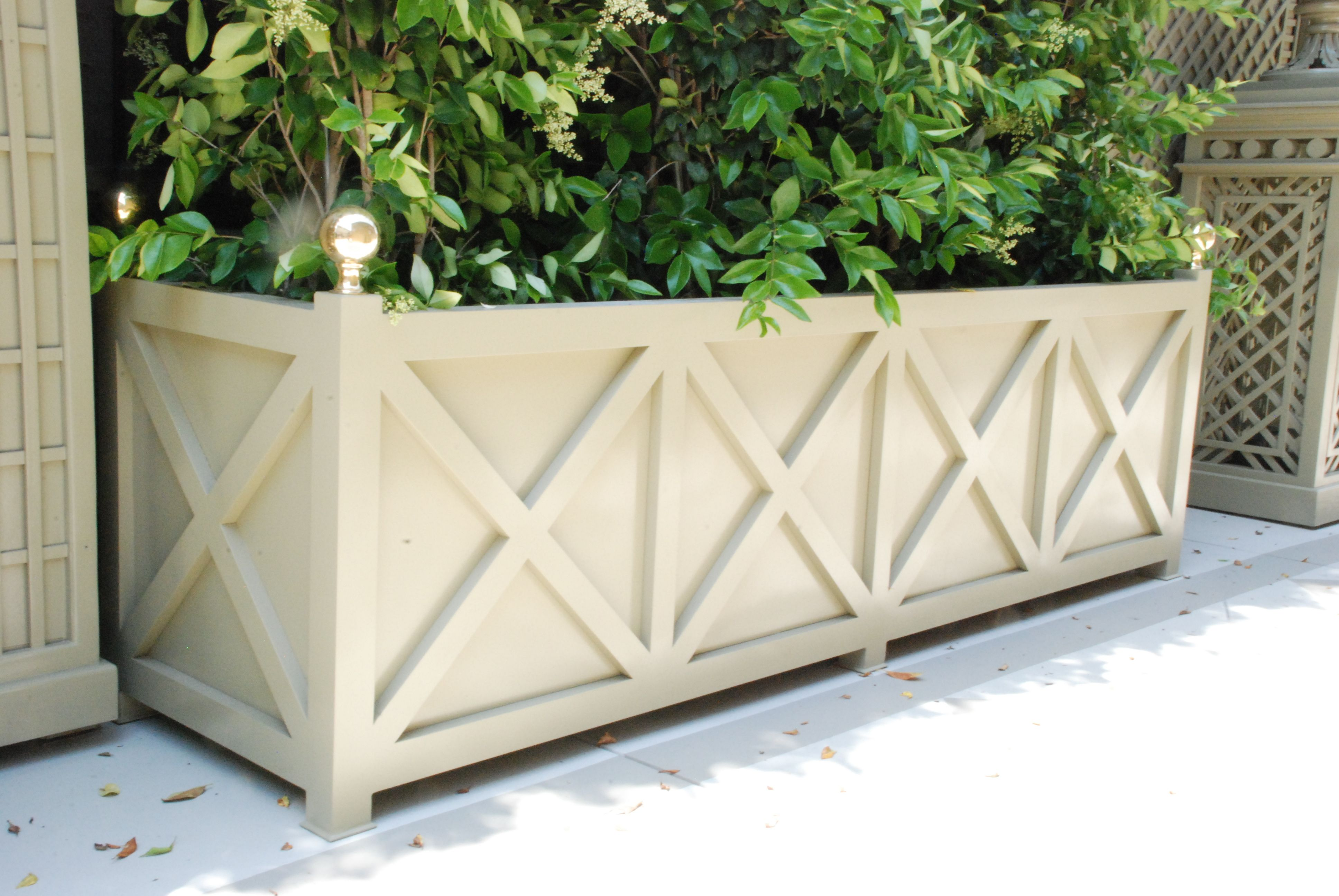 aluminum planters | accents of france - treillage | outdoor life in