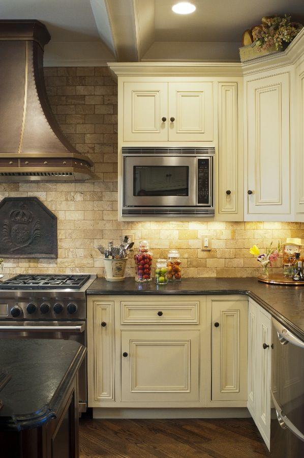 Superbe Granite Kitchen
