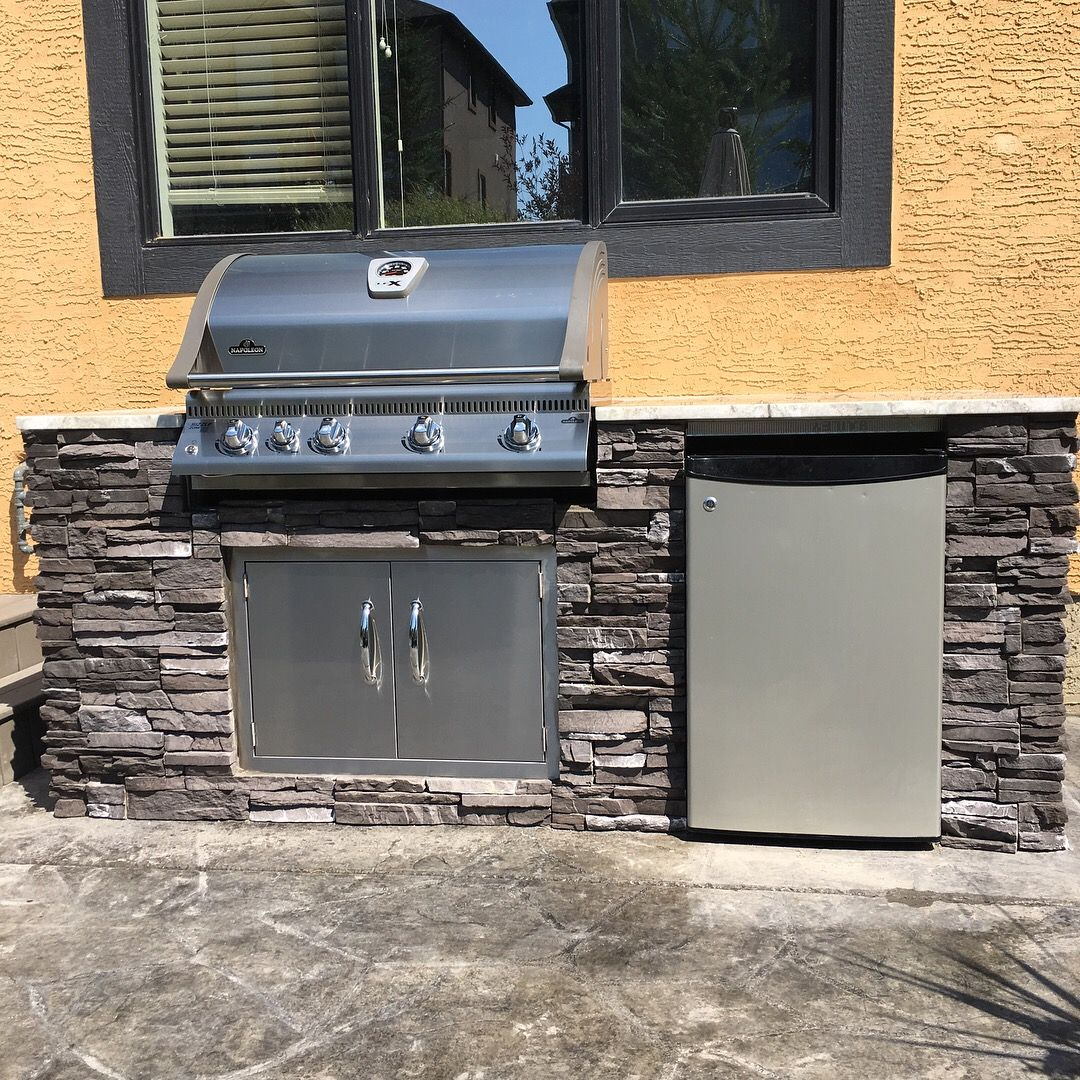 I Built This Bbq Island Using Metal Studs From Home Depot Finished With Cement Board Granite Top And Eldorado Stone Built In Bbq Bbq Island Outdoor Kitchen