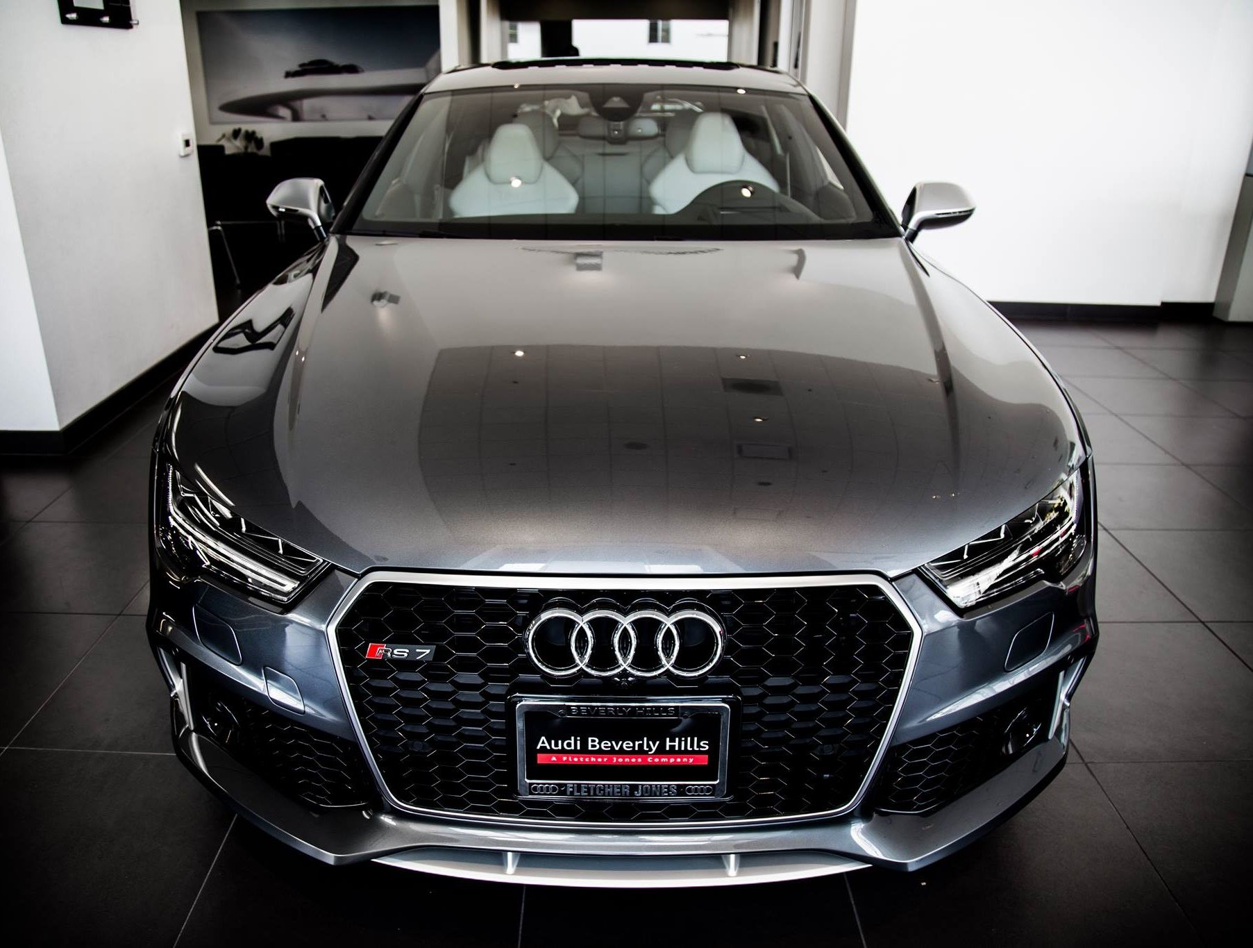 Enjoy A Closer Look At The Stunning Audi RS In Daytona Grey Pearl - Look at cool cars