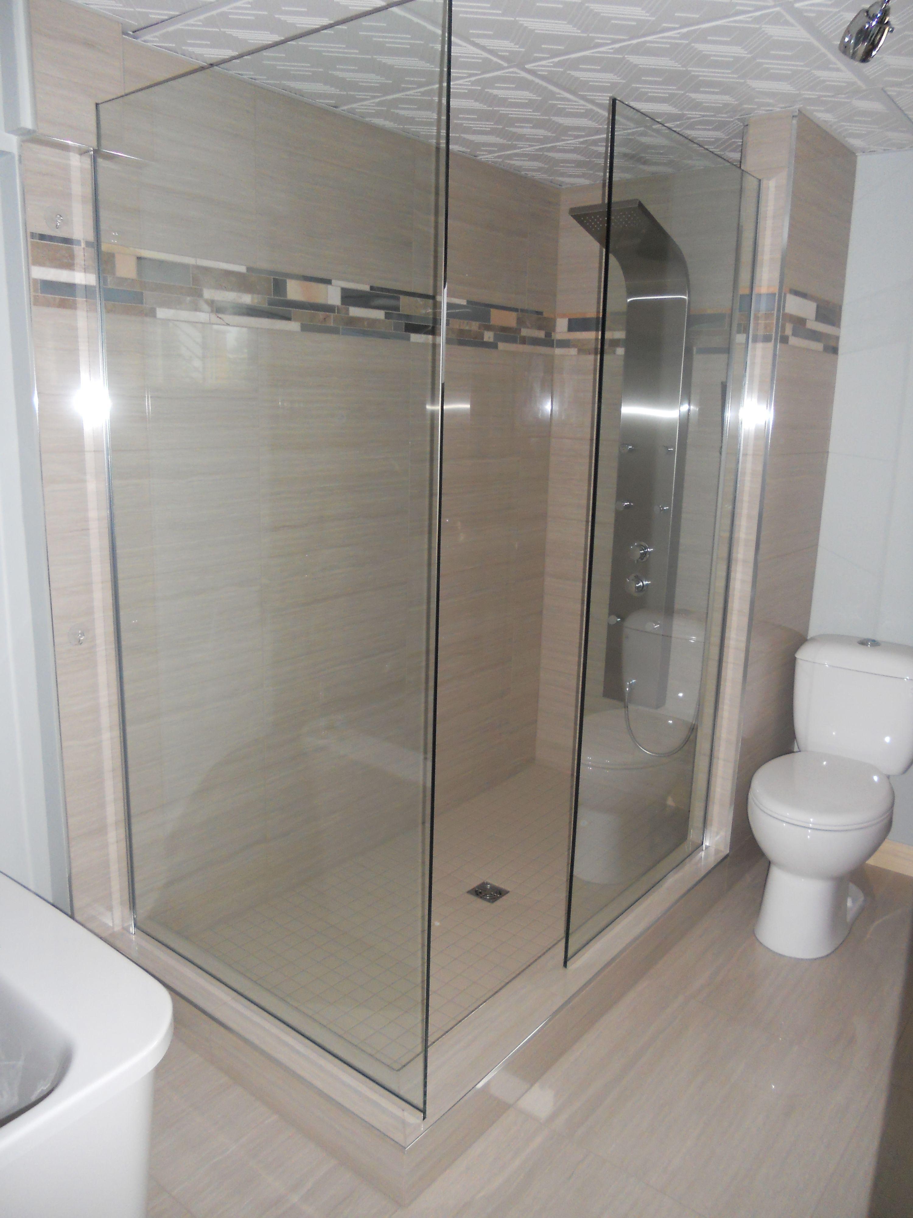 0101 amnagement salle de bains douche walk in cramique et verre cramique - Salle De Bain Sur Plancher