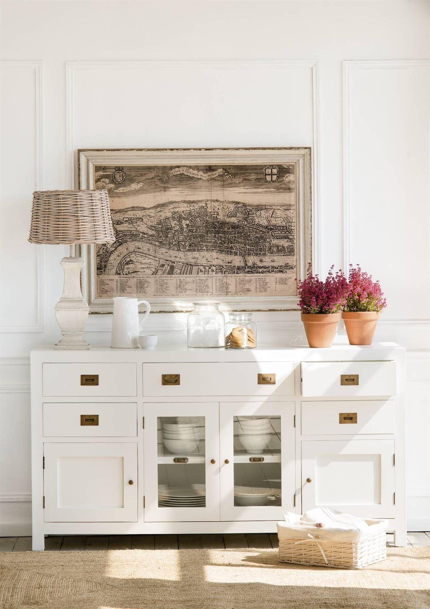 Cómo decorar paredes blancas en 2019 | Dining rooms | Aparador ...