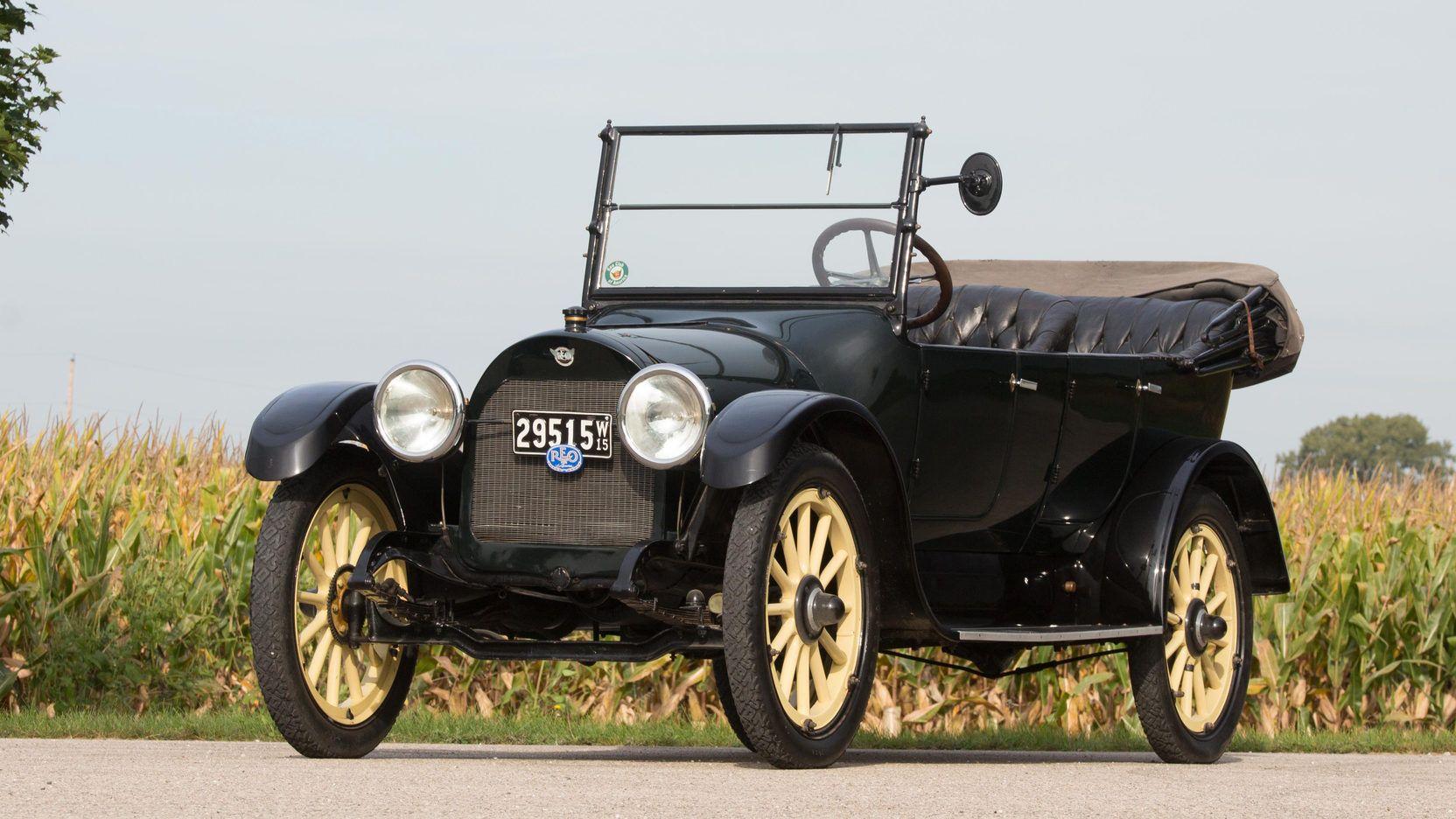 1913 Jackson Sultanic FivePassenger Touring (Jackson