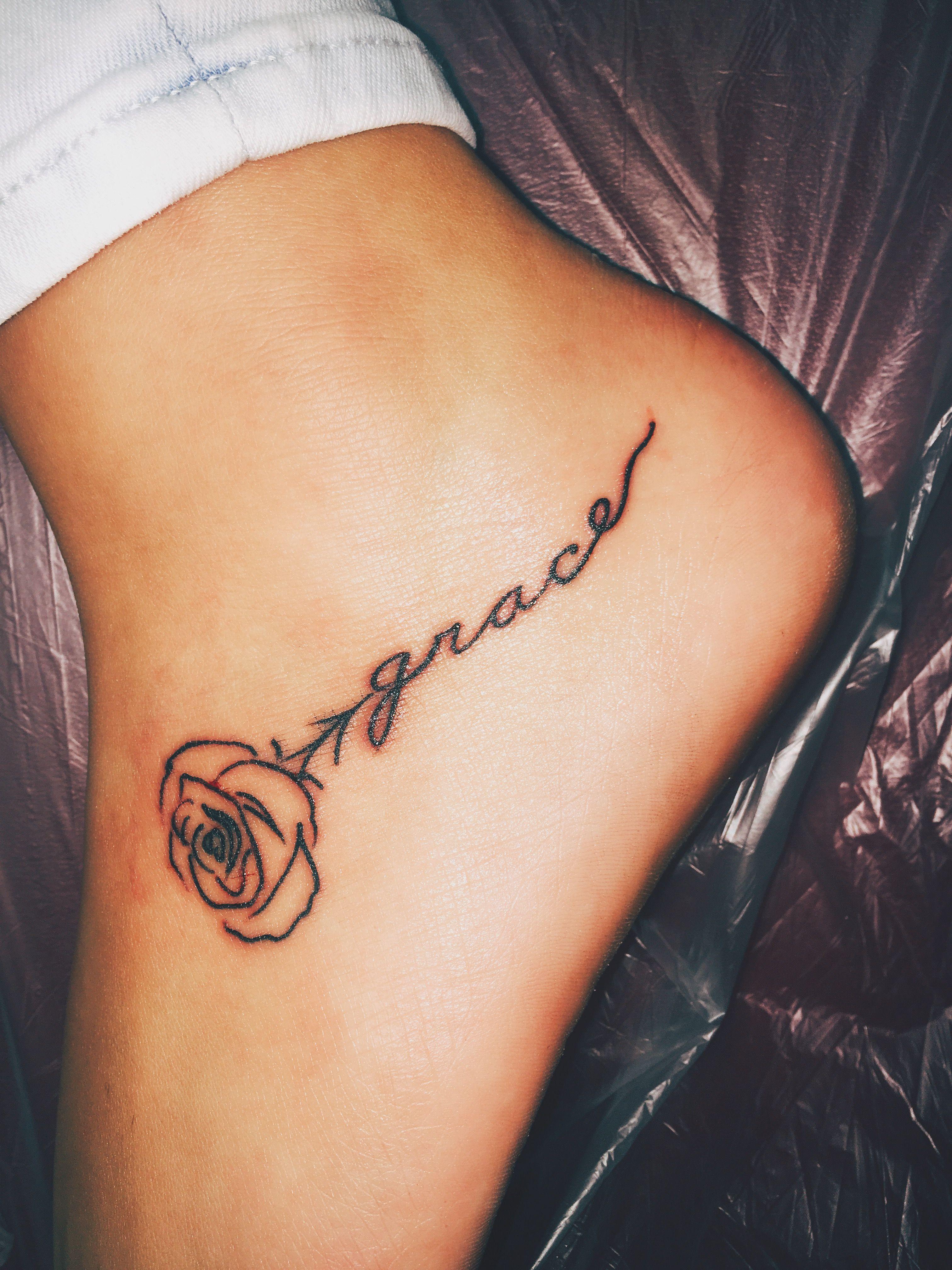 Small Rose Tattoo On Foot : small, tattoo, Tattoo, Tattoos,, Tattoos, Girls,