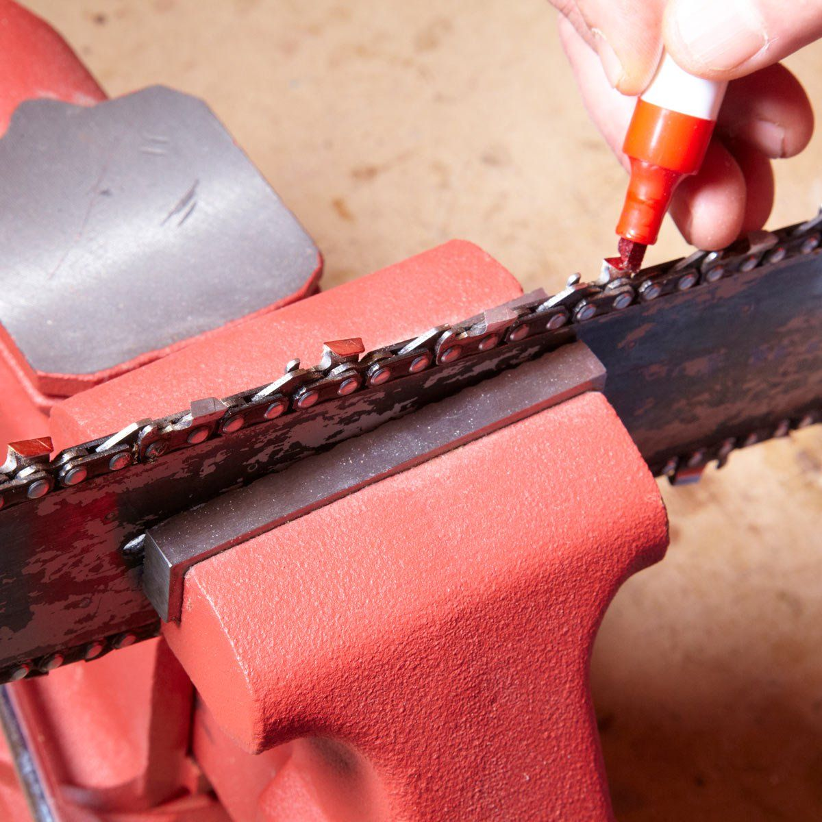 Chain saw sharpening made easier saw sharpening