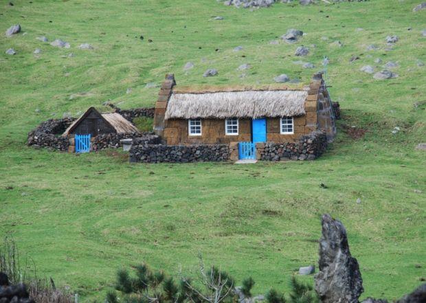 Tristan da Cunha   Shed homes, Tristan da cunha, House styles