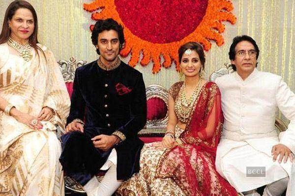 Amitabh Aishwarya At Kunal Kapoor Naina Bachchans Wedding Reception