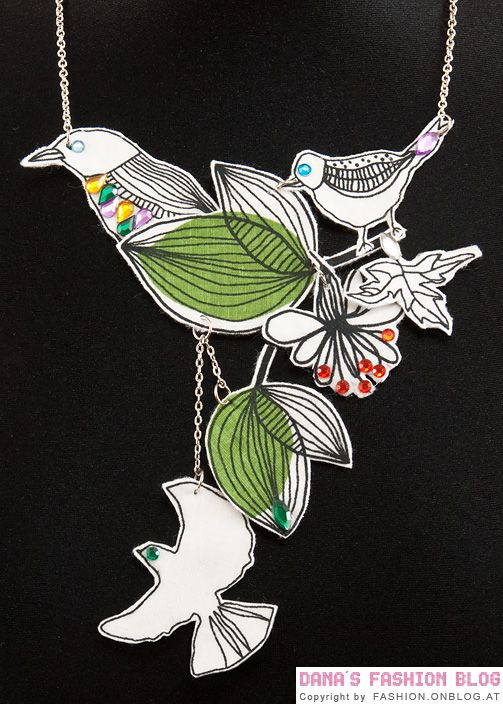 Fashion DIY Tutorial: Necklace with Fabric Birds - Final Result of the DIY Tutorial