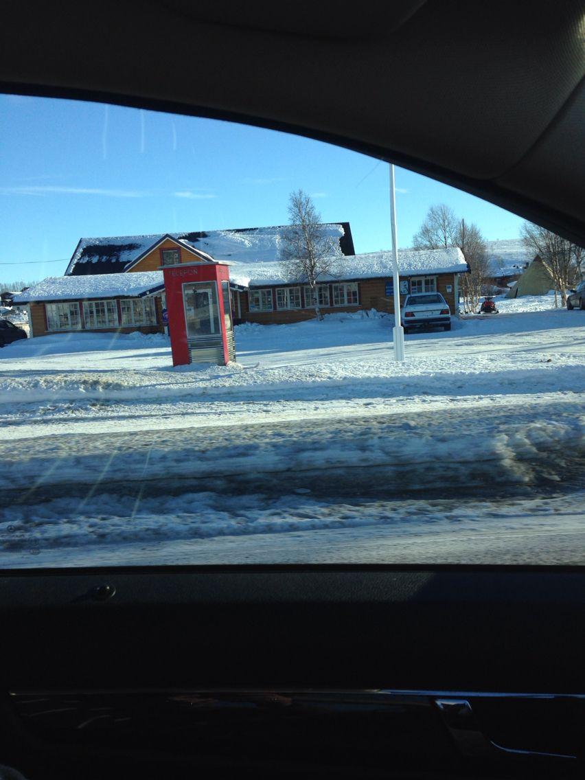 Telefonboks i Kautokeino , Finnmark - forlatt