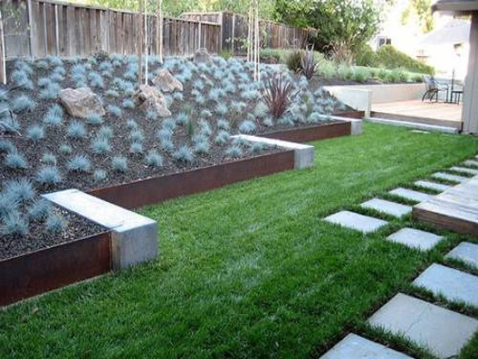 Best Beautiful and Cheap Wood Lawn Edging Ideas | Concrete ...