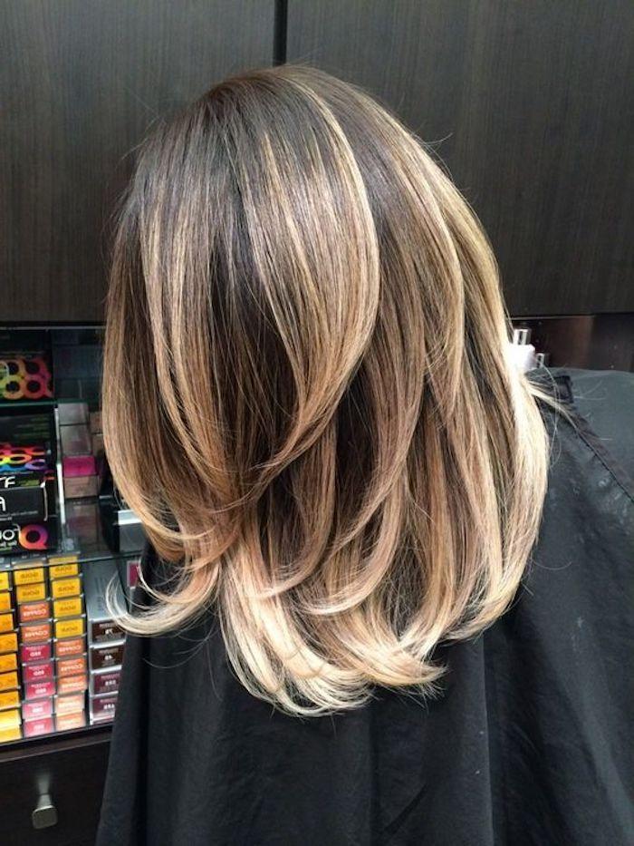 Coole Frisuren Mittellange Haare Ombre Effekt Damenfrisur Haarschnitt Haare Balayage Haarfarben