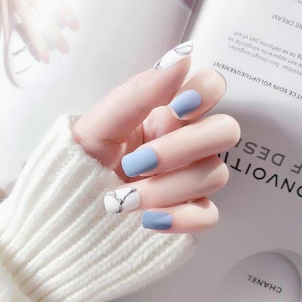 احدث مناكير ازرق سماوي فاتح و غامق 2019 The Latest Light And Dark Blue Nail Polish صور المانكي Squoval Nails Square Acrylic Nails Blue Matte Nails