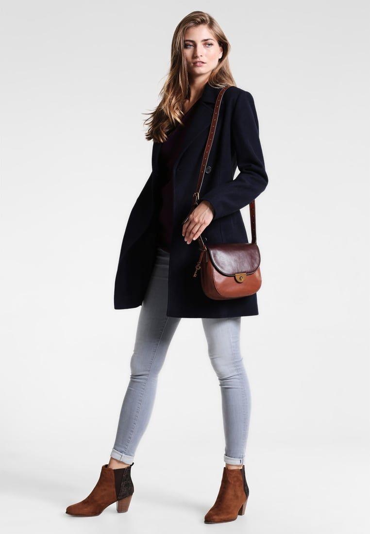 ¡Consigue este tipo de abrigo corto de Zalando Essentials ahora! Haz clic  para ver ab99ab12c39