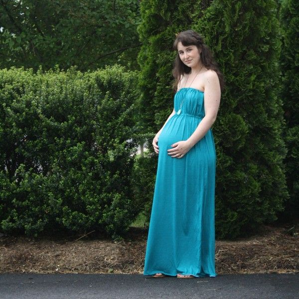 DIY maternity maxi dress. Except add some straps. | Sewing Projects ...