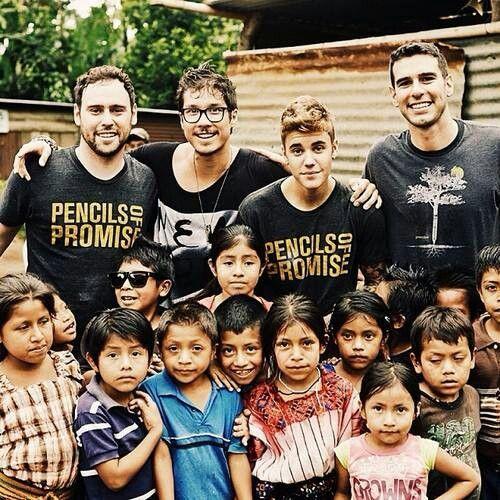 Pin De Mfr Bucio En Justin Bieber Justin Bieber Fotos De Justin Famosos