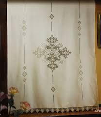 Risultati immagini per tende lino e uncinetto per cucina | tende ...