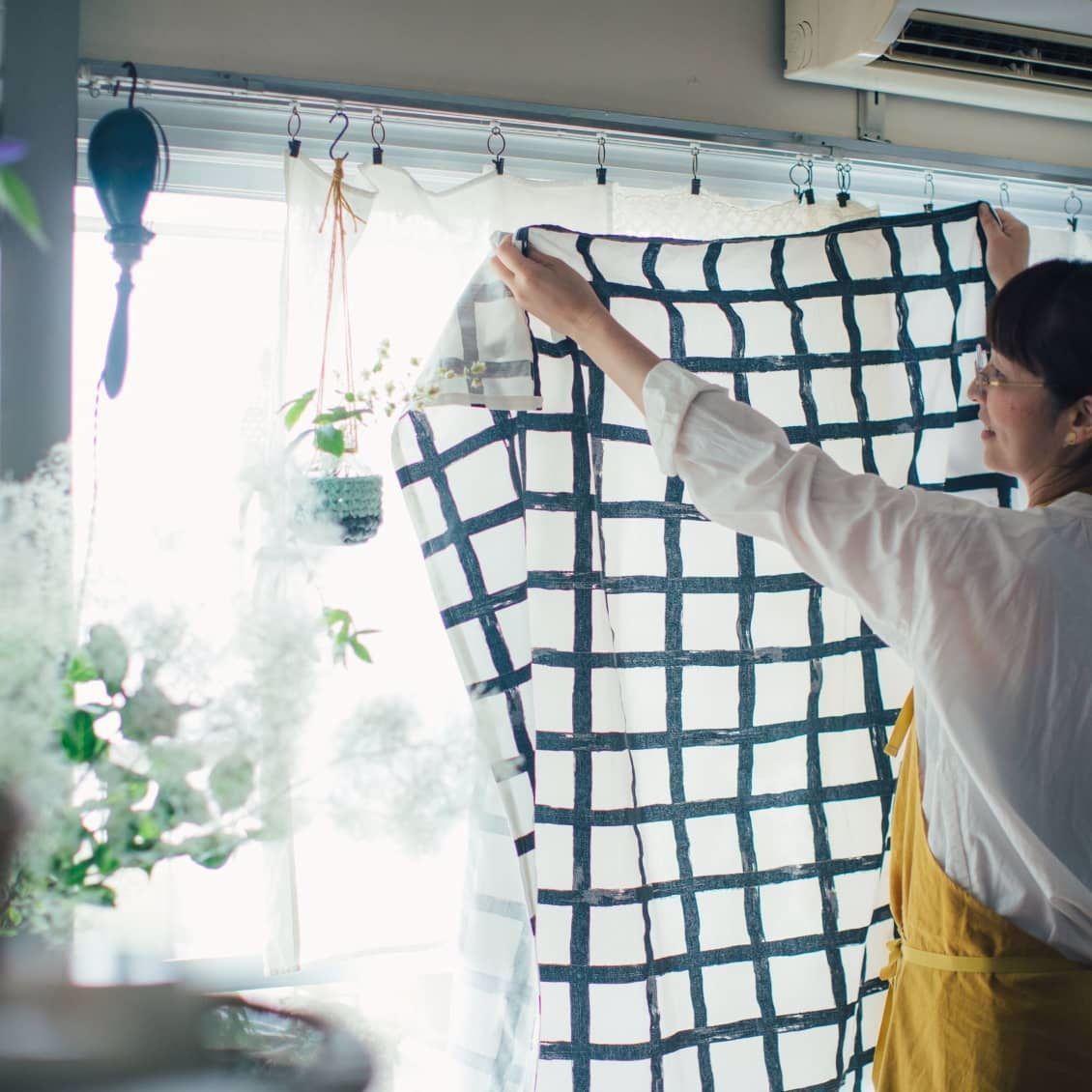 既製のカーテンは使わなくて良い 窓辺インテリアのアイデア 北欧