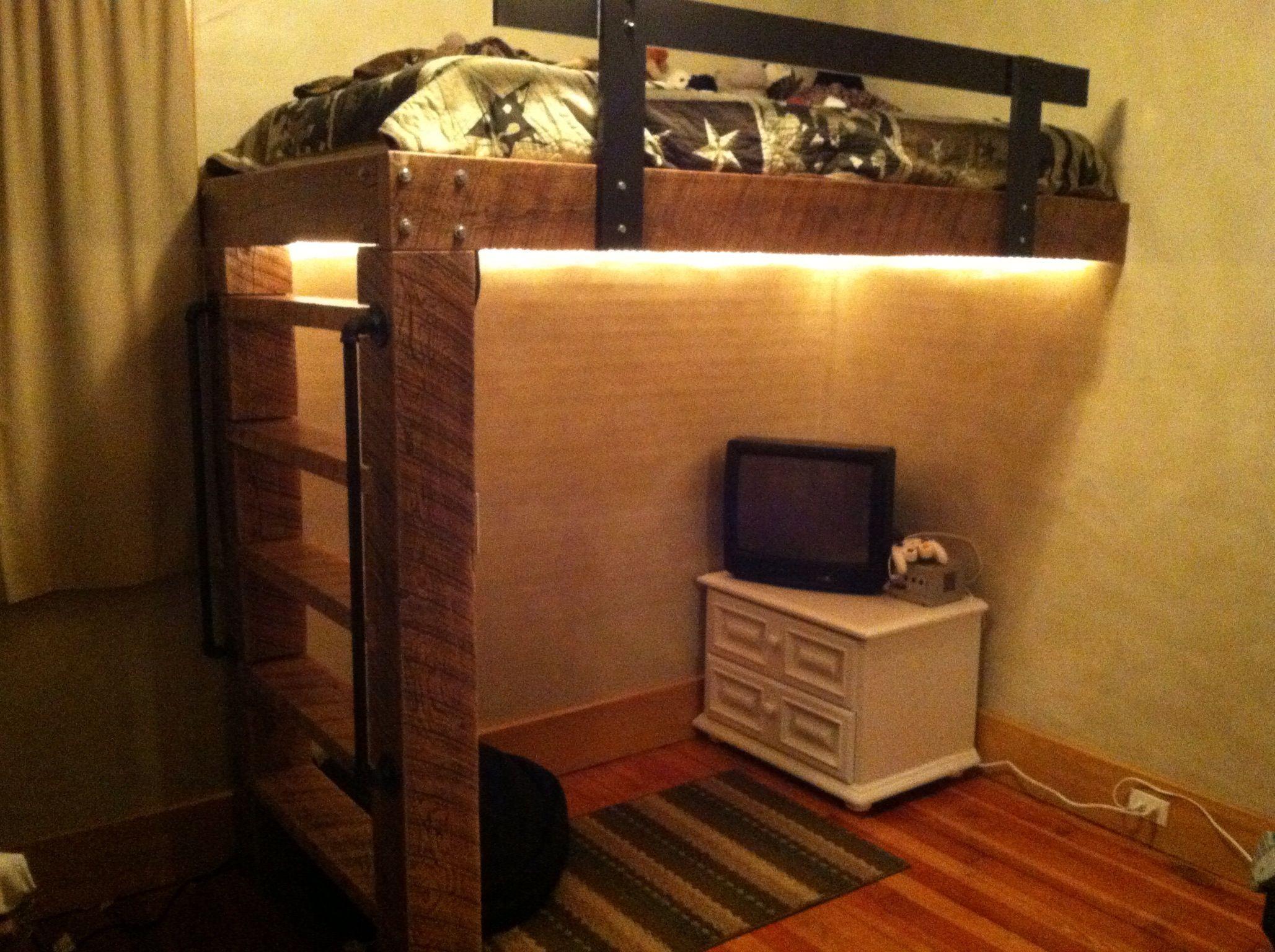 Rustic Loft Beds Handcrafted By Jason Con Imagenes Camas