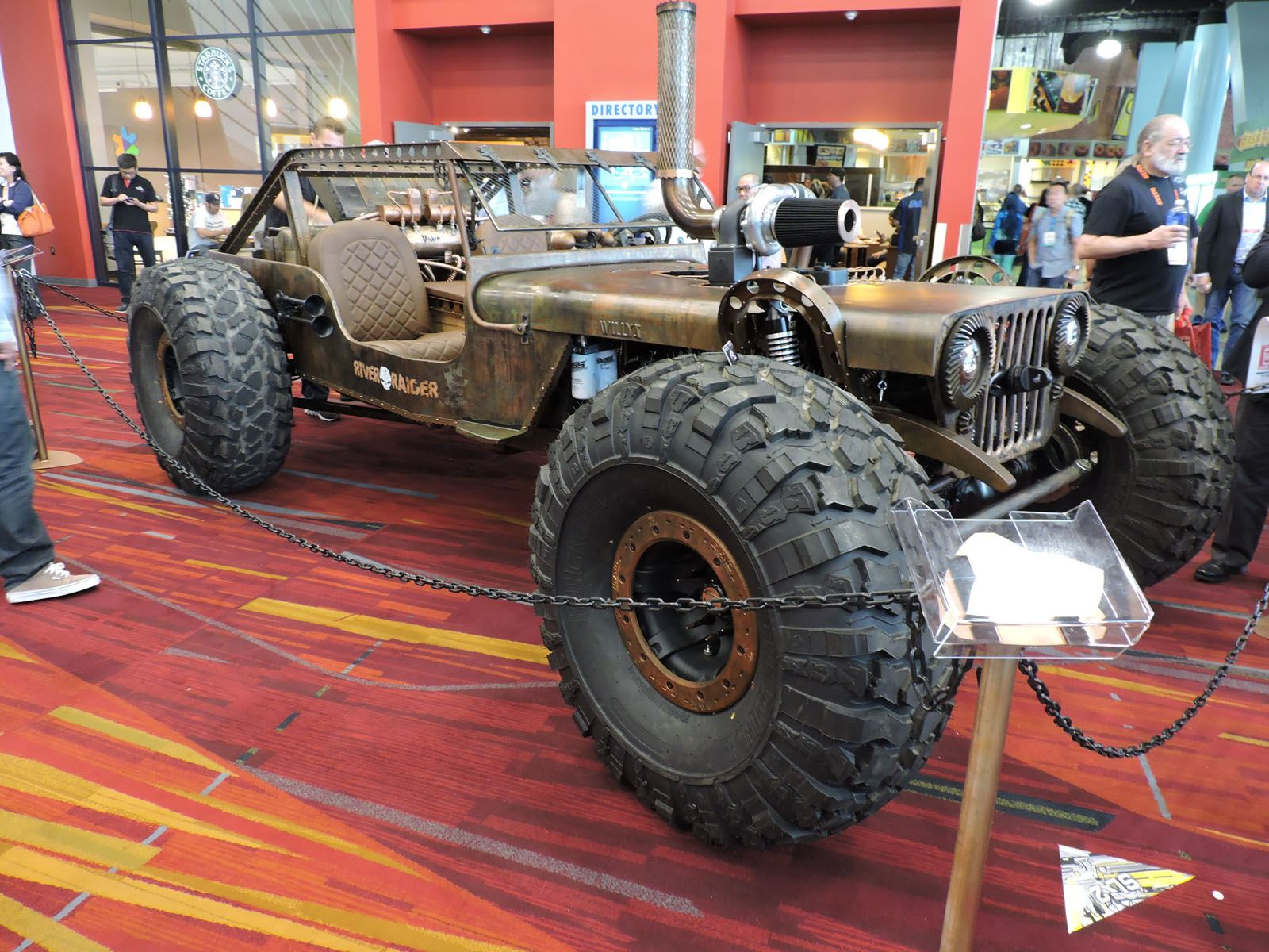 Motor'n | Top 10 SEMA Cars Ready for the End of the World