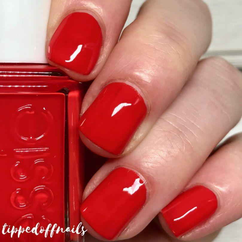 Blogmas Day 24: 2017 Essie Advent Calendar Overview | Nail Polish ...