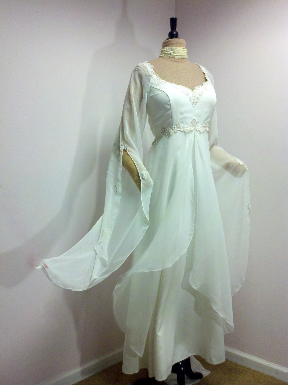 Vintage Wedding Dress . Plus Size Wedding Dress . White Chiffon ...