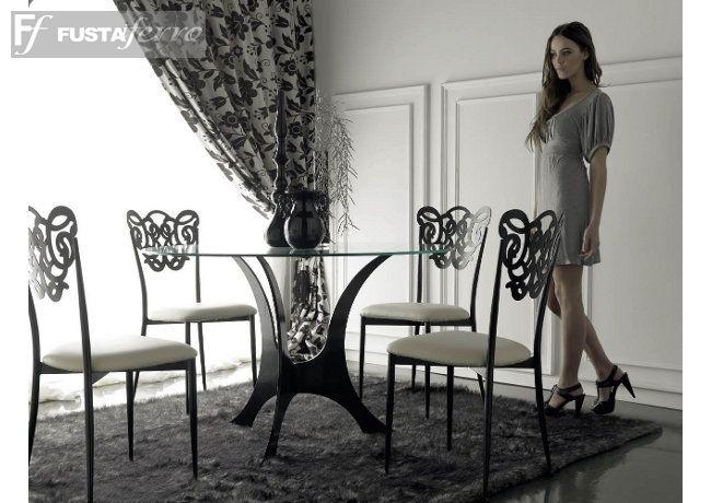 Comedor. Mesa y silla de hierro modelo Granada. www.fustaiferro ...