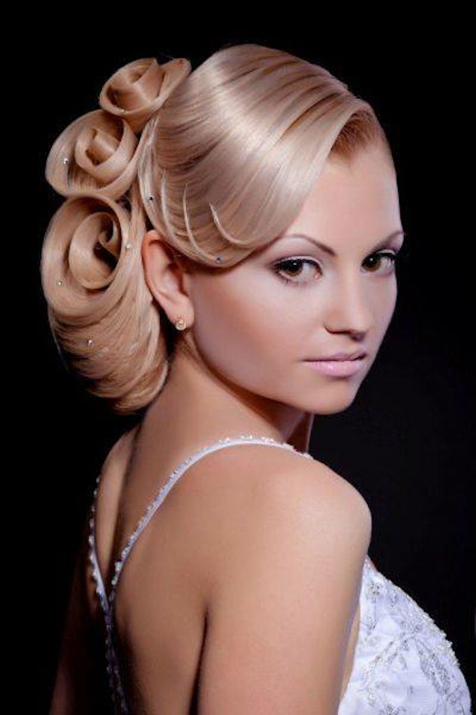 Triple hair roses by Georgy Kot of Russia | Rapunzel Has Nothing on Me | Pinterest | Russia ...