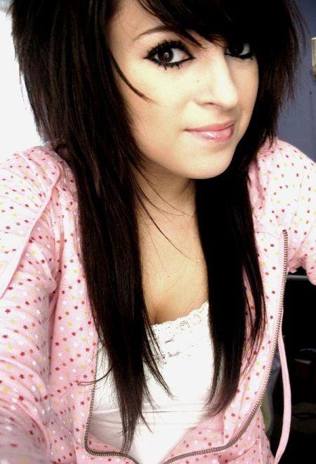 Cute Long Straight Emo Haircut With Side Swept Bangs Hair For Globezhair Long Hair Girl Teenage Girl Hairstyles Girl Hairstyles