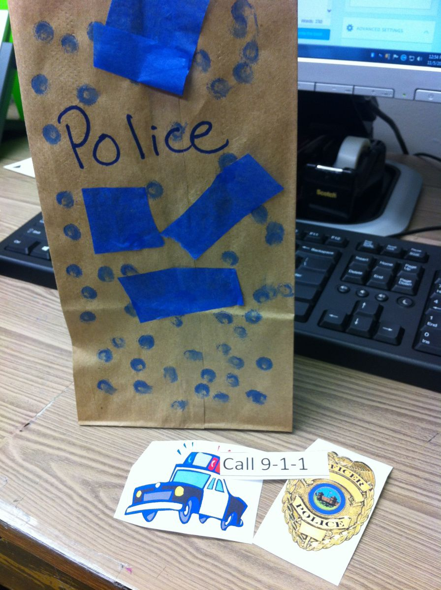 police officers craft and story time lesson plan storytime