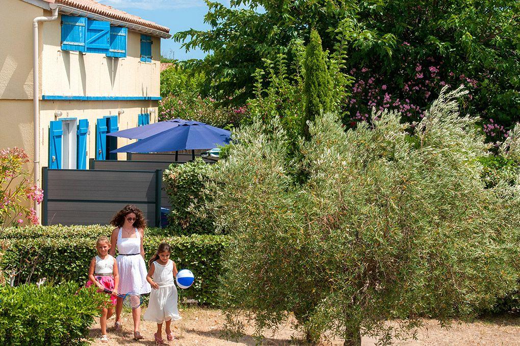 Go lia r sidence sun village avec images residence de - Village vacances gers avec piscine ...