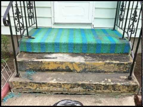 This Is Scary 3 Days Of Chemicals And Scraping To Remove This Little Bit Of Carpet From This With Images Green Outdoor Carpet Outdoor Carpet Handrails For Concrete Steps